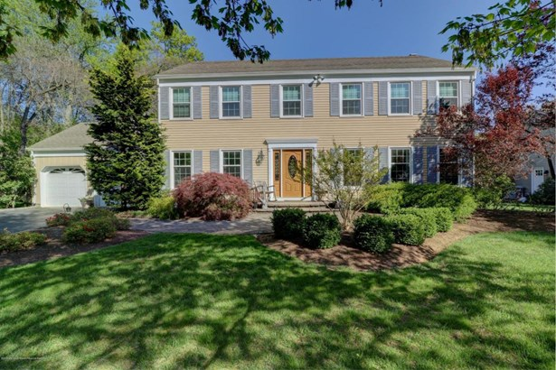 Colonial, Single Family - Red Bank, NJ (photo 2)