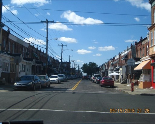 Row/Townhouse, StraightThru - PHILADELPHIA, PA (photo 2)