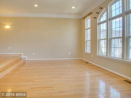 Townhouse, Traditional - MANASSAS PARK, VA (photo 4)
