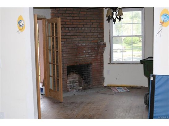 2-Story, Dutch Colonial, Farm House, Single Family - Richmond, VA (photo 4)