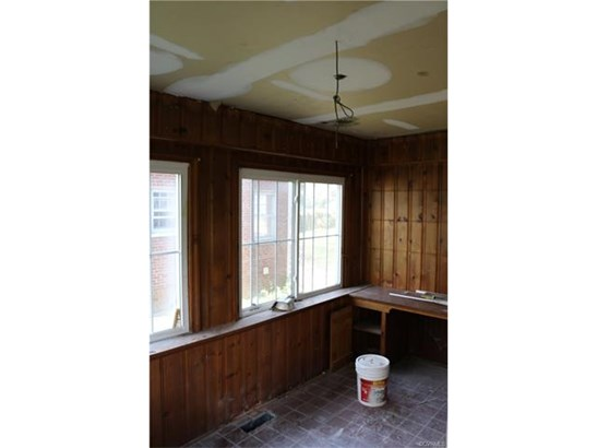 2-Story, Dutch Colonial, Farm House, Single Family - Richmond, VA (photo 5)