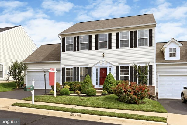 Twin/Semi-Detached, Single Family - ASHBURN, VA