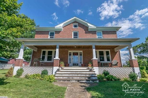 Farm House, Detached - STAUNTON, VA (photo 1)