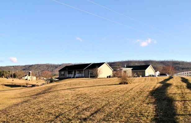Residential, Ranch - Riner, VA (photo 4)