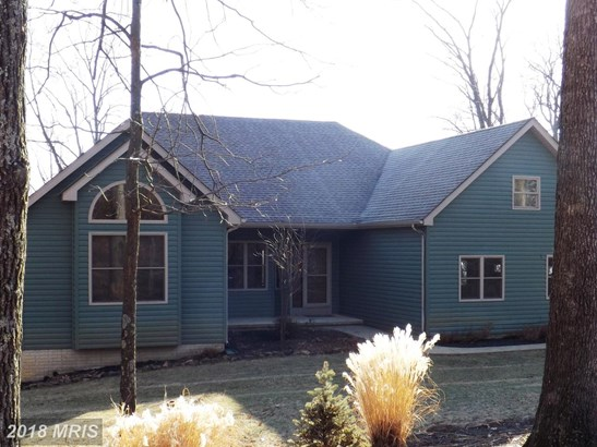 Rancher, Detached - HEDGESVILLE, WV (photo 1)