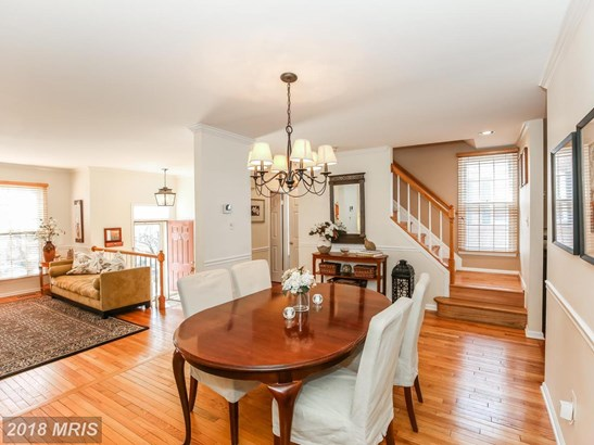 Colonial, Attach/Row Hse - NORTH BETHESDA, MD (photo 5)