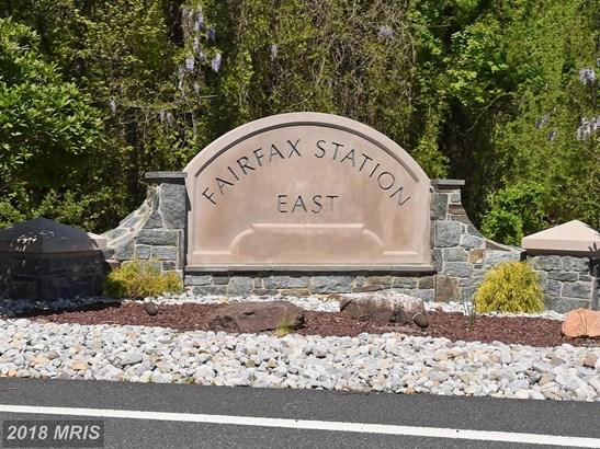 Colonial, Detached - FAIRFAX STATION, VA (photo 3)