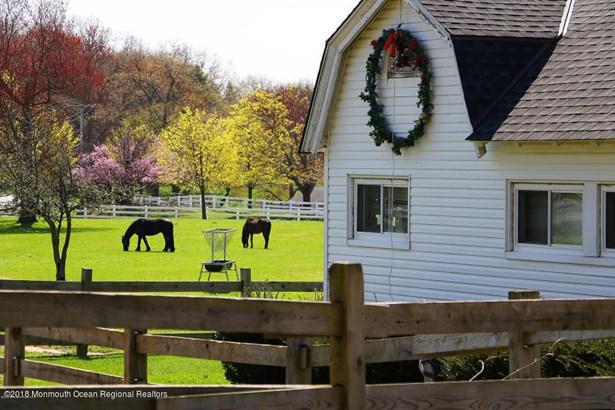 Cottage/Bungalow, Single Family - Atlantic Highlands, NJ (photo 2)