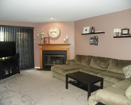 Carriage House, Row/Townhouse/Cluster - EXTON, PA (photo 4)