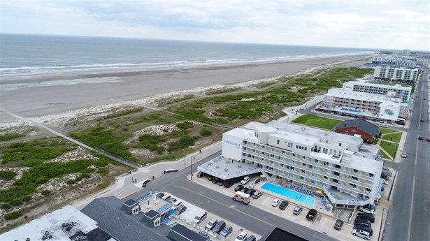 Condo - Wildwood Crest, NJ (photo 2)