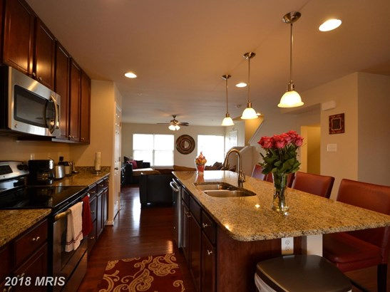 Townhouse, Colonial - REISTERSTOWN, MD (photo 3)