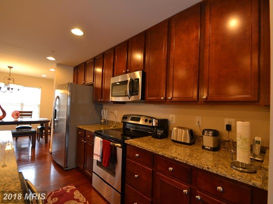 Townhouse, Colonial - REISTERSTOWN, MD (photo 5)