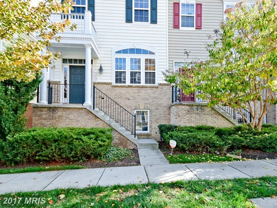 Townhouse, Contemporary - LANDOVER, MD (photo 2)