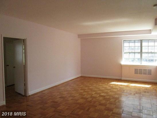 Hi-Rise 9+ Floors, Transitional - BALTIMORE, MD (photo 3)