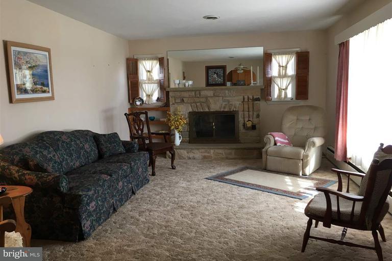 residential - littlestown, PA (photo 3)