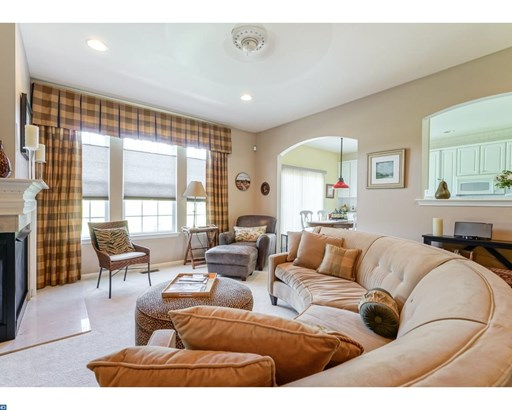 Row/Townhouse, Colonial,Traditional - WESTAMPTON TWP, NJ (photo 5)