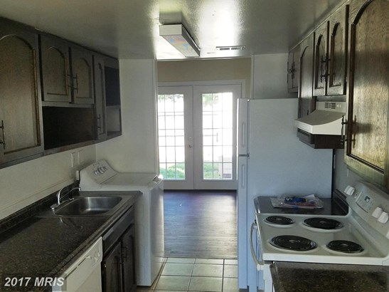 Townhouse, Colonial - WALKERSVILLE, MD (photo 4)