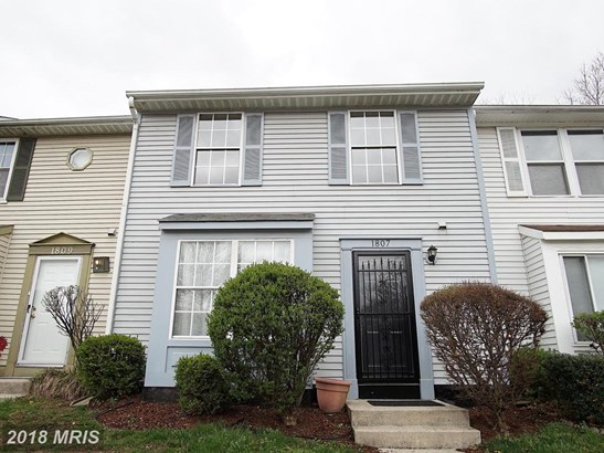 Townhouse, Traditional - DISTRICT HEIGHTS, MD (photo 1)