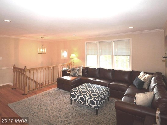 Split Foyer, Detached - CENTREVILLE, VA (photo 2)
