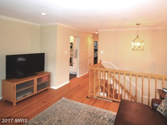 Split Foyer, Detached - CENTREVILLE, VA (photo 4)