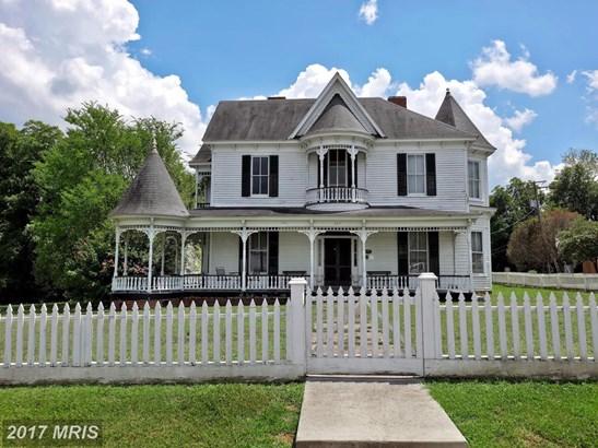 Victorian, Multi-Family - CLARKSVILLE, VA (photo 2)