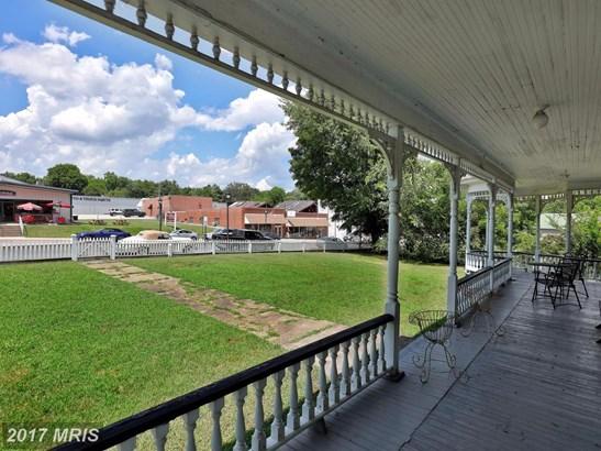 Victorian, Multi-Family - CLARKSVILLE, VA (photo 4)