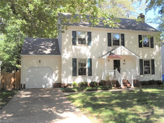 Colonial, Single Family - Newport News, VA (photo 1)