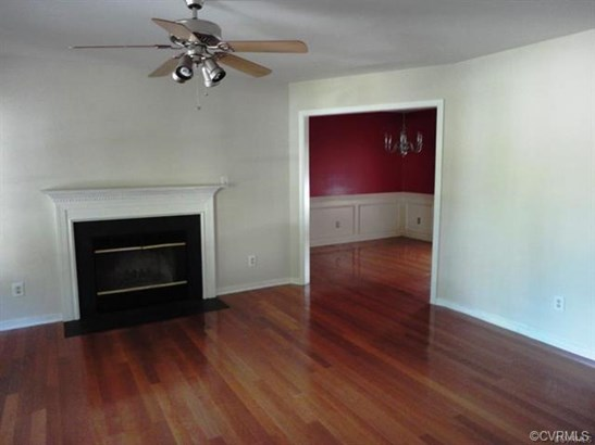 2-Story, Colonial, House - Glen Allen, VA (photo 2)