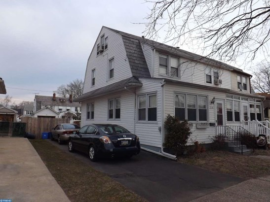 Row/Townhouse, EndUnit/Row - BRISTOL, PA (photo 4)