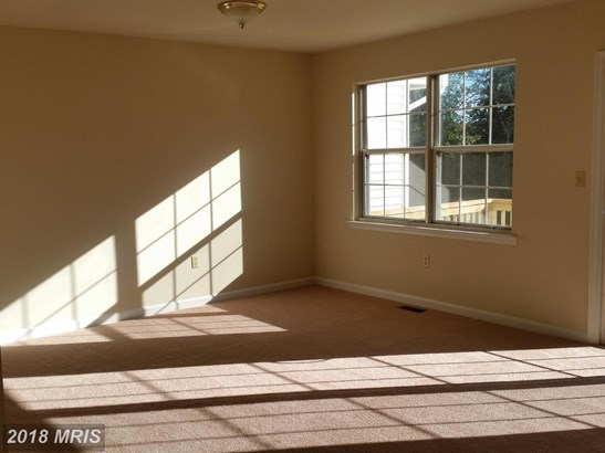 Townhouse, Split Foyer - CHESAPEAKE BEACH, MD (photo 4)