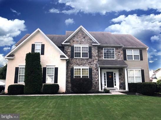 Detached, Single Family - GILBERTSVILLE, PA