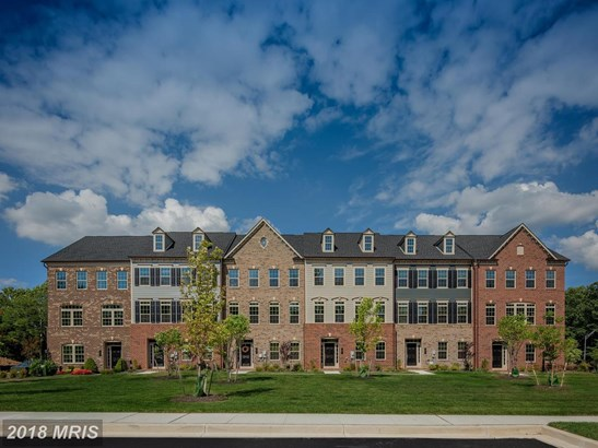 Townhouse, Traditional - PIKESVILLE, MD (photo 3)