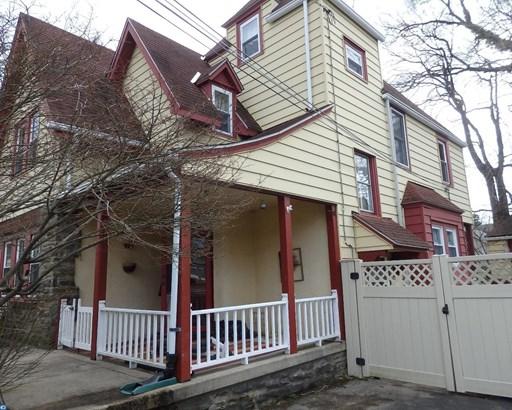 Colonial,Tudor, Detached - LANSDOWNE, PA (photo 2)
