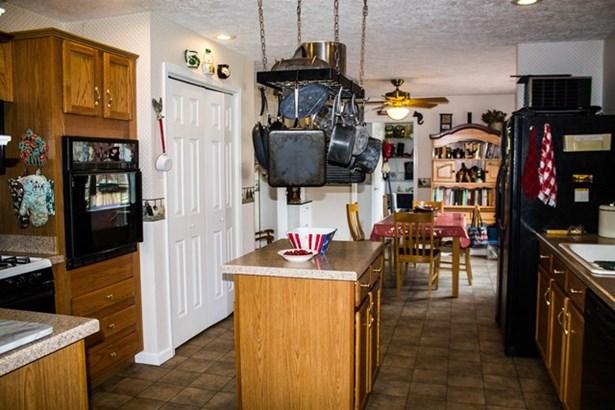 Residential/Vacation, 2 Story - Boydton, VA (photo 4)