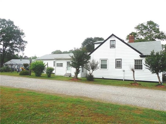 Cape, Single Family - North Dinwiddie, VA (photo 3)