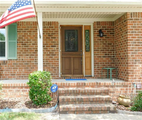 Traditional, Single Family - Virginia Beach, VA (photo 2)