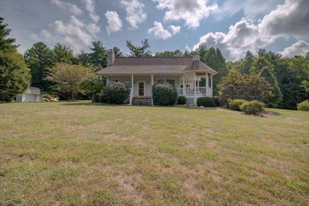Residential, Contemporary - Rocky Mount, VA (photo 4)