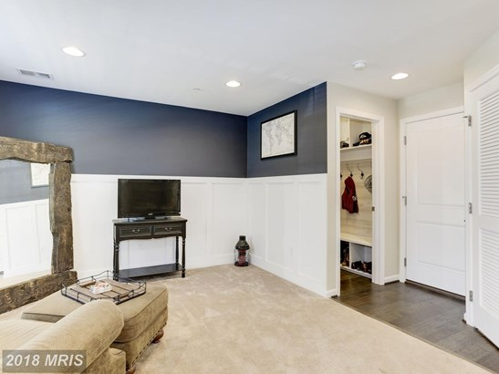 Transitional, Townhouse - BALTIMORE, MD (photo 3)