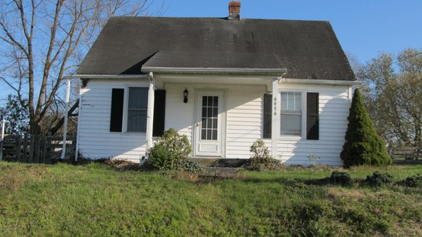 Bungalow/Cottage, Detached - Belspring, VA (photo 1)