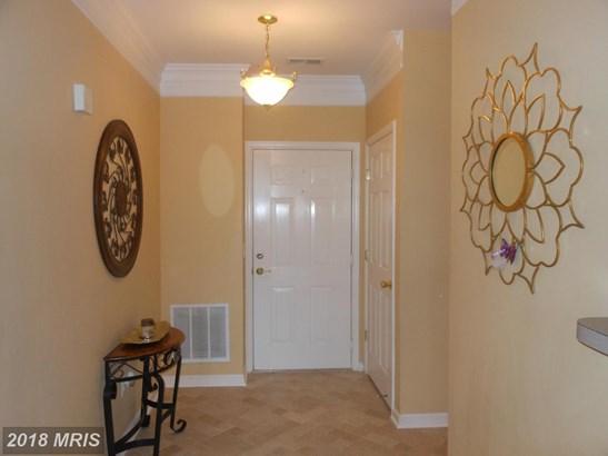 Garden 1-4 Floors, Traditional - LAUREL, MD (photo 4)