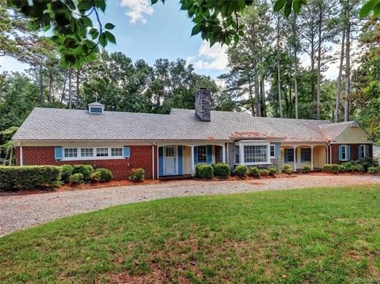 Cape, Ranch, Single Family - Richmond, VA