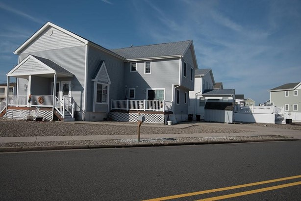 Townhouse - North Wildwood, NJ (photo 1)