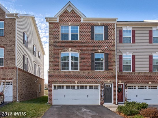 Townhouse, Traditional - GERMANTOWN, MD (photo 1)