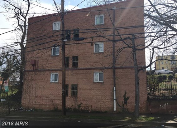 Garden 1-4 Floors, Traditional - WASHINGTON, DC (photo 2)