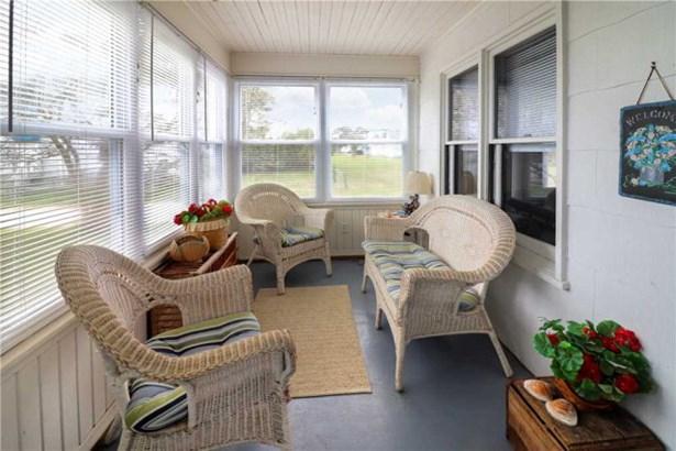 Cape Cod,Beach House,Bungalow, Single Family - Chincoteague, VA (photo 2)