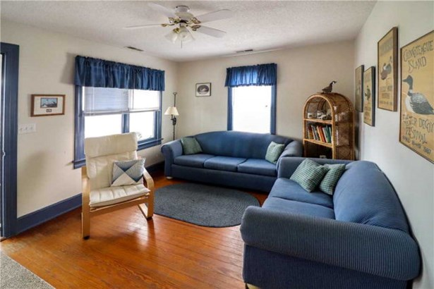 Cape Cod,Beach House,Bungalow, Single Family - Chincoteague, VA (photo 5)