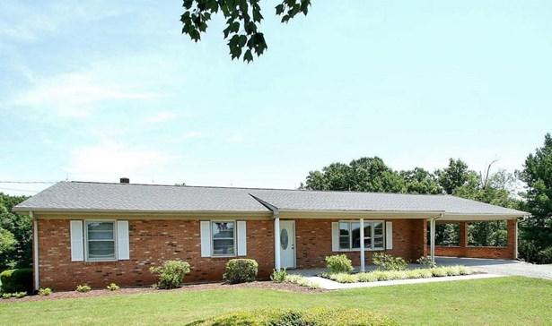 Residential, Ranch - Wirtz, VA (photo 1)