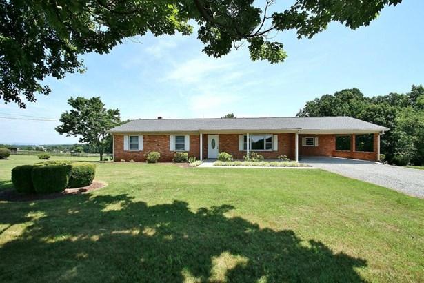 Residential, Ranch - Wirtz, VA (photo 2)