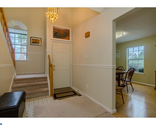 Row/Townhouse, Colonial - LANSDALE, PA (photo 3)