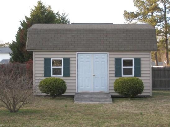 Tri-Level, Single Family - York County, VA (photo 3)